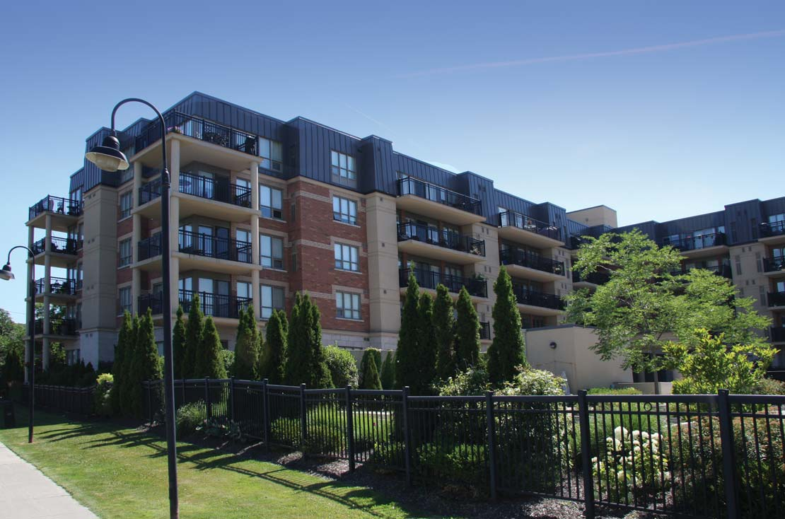 HIGHLANDS OF WOODBRIDGE CONDOS